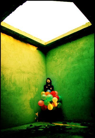 深夜飞舞的的气球